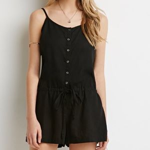 $10 SALE 🎉 FOREVER 21 // Black Romper with Pocket